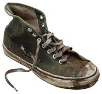 TM_muddy_sneaker