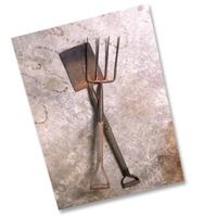TMG_pitchfork_shovel